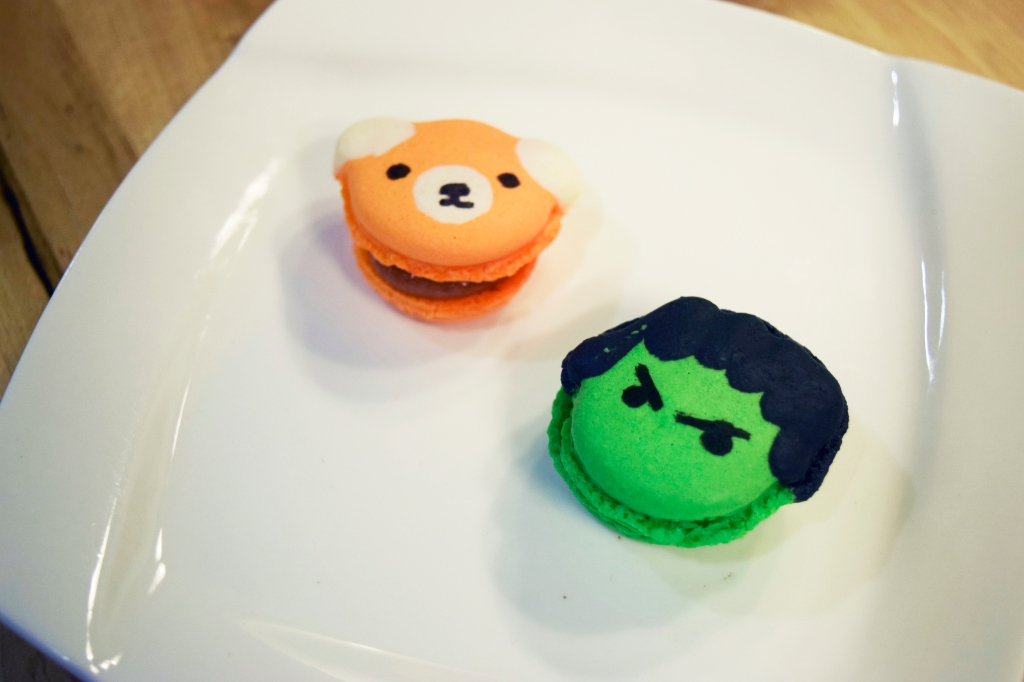 Macarons ($2 each) Look at the cute bear and the HULK! These were pretty nice, I definitely loved the look of them. If I remembered correctly, the bear had an orange flavor while The Hulk was a pistachio flavor?