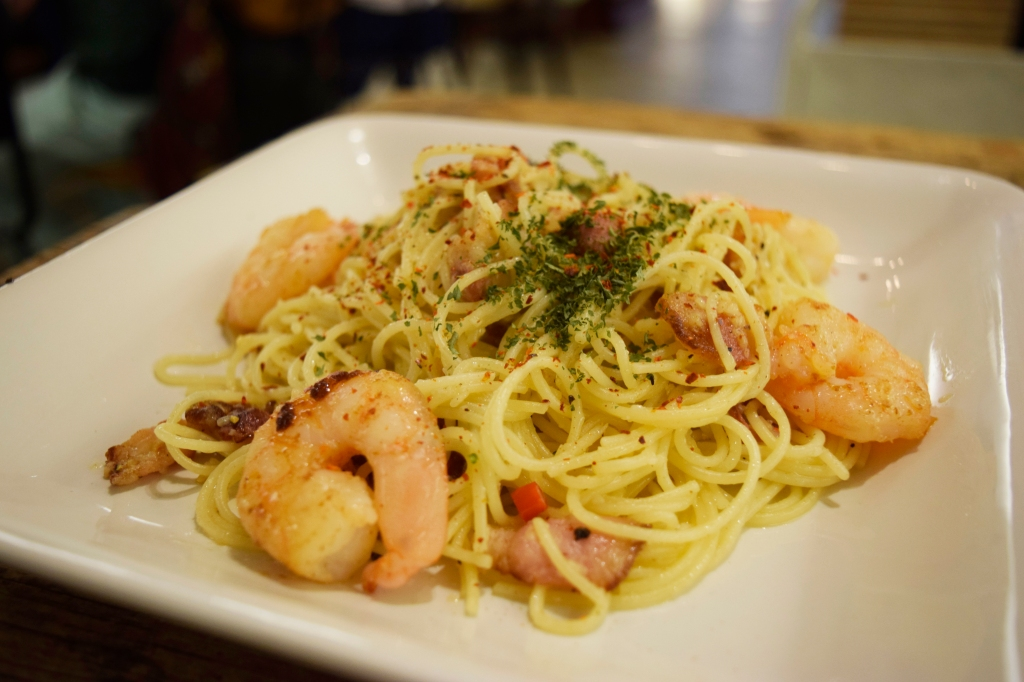 Aglio Olio ($14.90) Angel Hair Pasta, Prawns, Bacon, Extra Virgin Olive Oil This was pretty good as well. One of the better Aglio's I've tried. Nice presentation too.