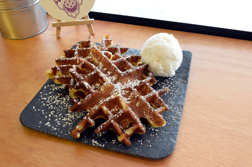 Snowflake Waffles + Ice-Cream ($9.50) With Coconut Ice-cream Rabbit Owl's snowflake waffles tasted as good as they looked. There was a slight maple flavor in the batter which I adored. A slight crisp on the outside, with a soft but firm texture on the inside.  I paired Coconut ice-cream with the waffles, which was one of their popular flavors & it was just divine.