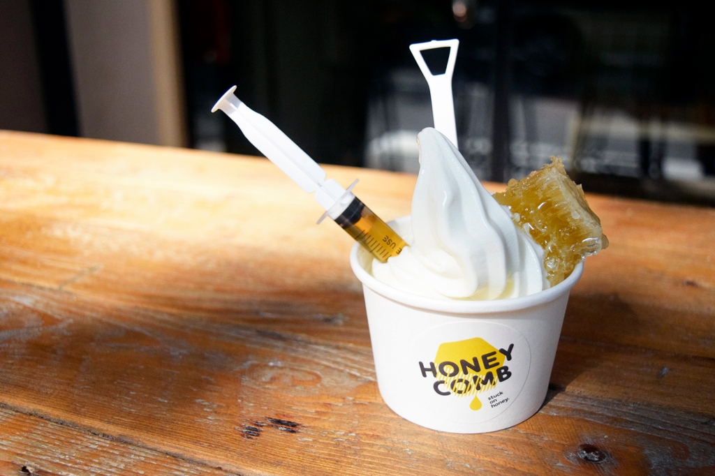 Classic ($6) Milk soft serve with fresh honey comb and liquid honey You can actually choose between the milk soft serve or the yogurt. I chose to go with the milk soft serve as I thought it was pretty interesting. I found the taste of the milk in the soft serve was quite strong actually. I do adore the honey-loaded syringe. You can even keep it! (Not sure what for though.)