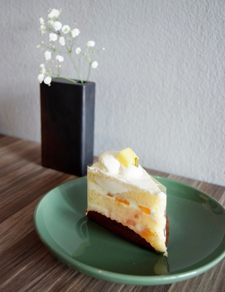 """Mango Shortcake ($7.50) Fresh Mango, Fresh Cream My friend had a hankering for mango that day & just had to order this when he saw the words """"Mango"""". The cake was good, perfect cream to cake ratio. My friend loved it."""