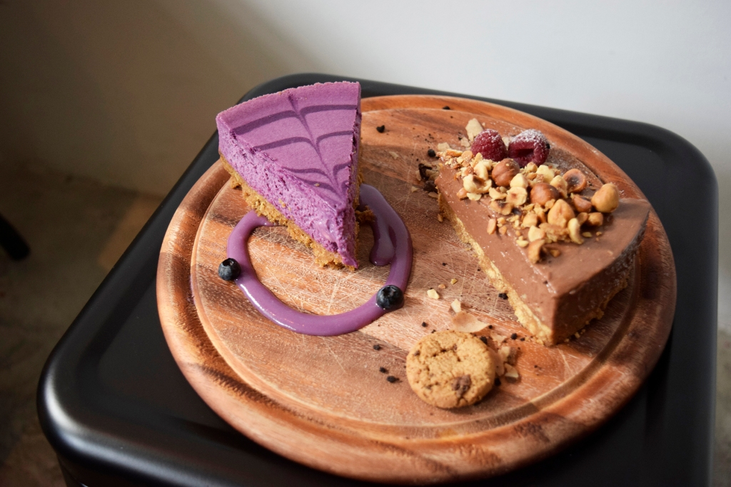 Taro Cheesecake ($8.90) Nutella Cheesecake ($8.90) Having spotted the beautiful purple cheesecake during my first visit, I knew I had to order it on my second. Funny story: My friend & I both saw a photo of these two cakes plated on Instagram & we kept showing the photos to the staff who served us in order to make sure that we got the EXACT same presentation. (She must have thought we were both oddballs.) I'm glad to say that it paid off as the presentation was perfect. Anyway, back to the food review. The Taro Cheesecake was divine. Really smooth, with a fantastic taste of taro. Love the colour as well.  We both tried the Nutella Cheesecake second....... which totally blew us away; including the Taro Cheesecake. It was extremely soft & tasted so marvellous that my friend & I had to take a moment to recollect ourselves. It also pretty much ruined the Taro Cheesecake after we tasted the Nutella one. Nevertheless, both are highly recommended! (Though if you order both, eat the Taro one first. The Nutella one will ruin your palate for future cakes because it's THAT good.)