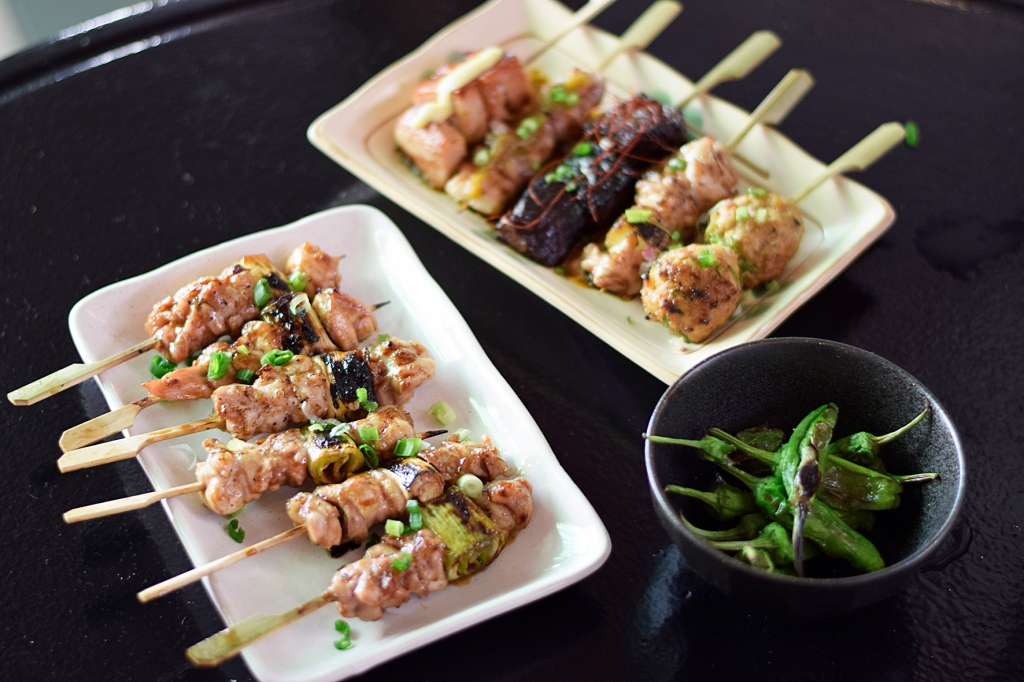 It's a wonder how anyone can be a vegetarian with awesome yakitori skewers like these. (Not meant to be taken as an insult please.)